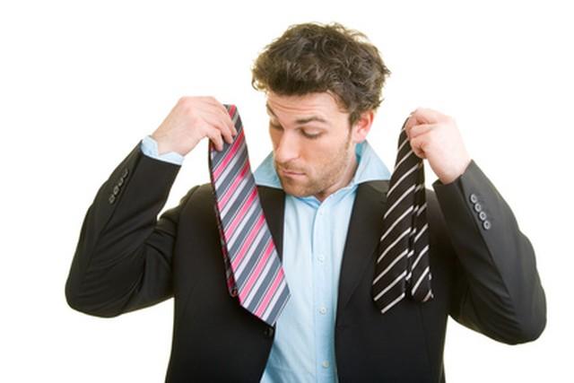 Assortir cravate et chemise rose avec bleu blanc avec noir cravate for Quel cuisiniste choisir
