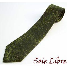 Cravate, Pièce Unique peinte à la main. Vert Lime