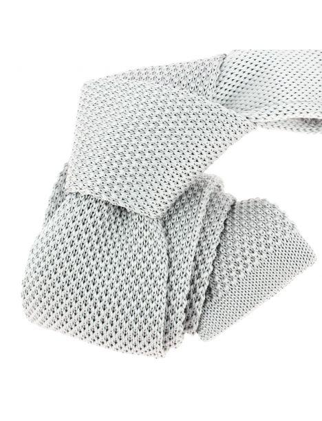 Cravate Tricot. Gris souris