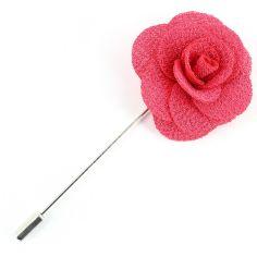 Boutonnière fuschia, rose sauvage