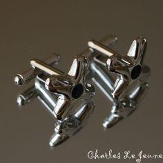 Bouton de Manchette CLJ, Robinets