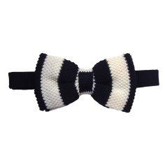 Noeud papillon tricot, laine, club noir et blanc