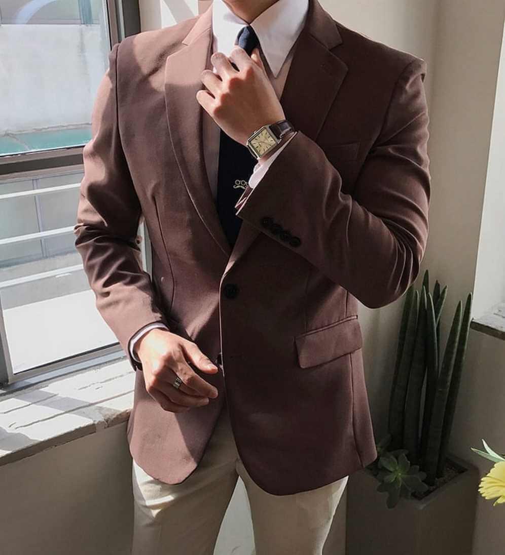 sartorialiste, costume et pantalon marron