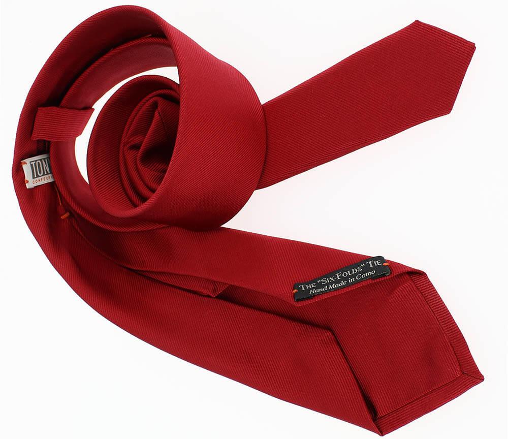 cravate 6 plis de couleur rouge