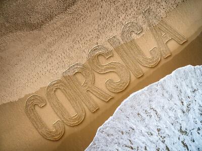 corsica sur le sable