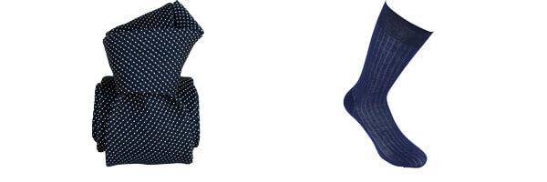 Cravate grenadine de soie, Segni & Disegni, Paris VI, Marine et chaussette fils d'écosse bleu