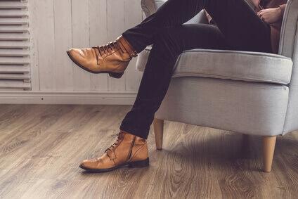 chaussures en cuir marron classique homme