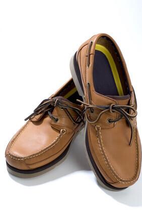 Cuir de qualité sur chaussures originales
