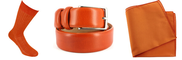 ceinture cuir orange, chaussette orange et