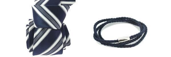 cravate bleu marine et bracelet cuir bleu