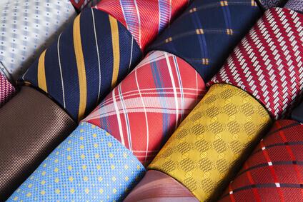kravat çekmecesi - cravates couleur